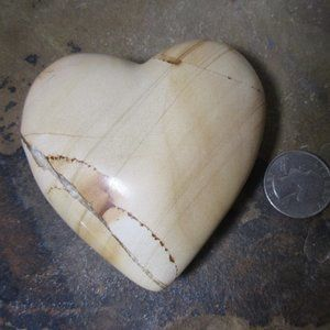 1895 Picture jasper heart paperweight